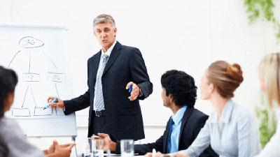 Cómo elaborar, implementar y evaluar en forma eficaz un proyecto o programa de capacitación en la organización.
