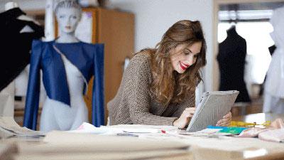 Diseño textil e indumentaria: figurín de modas