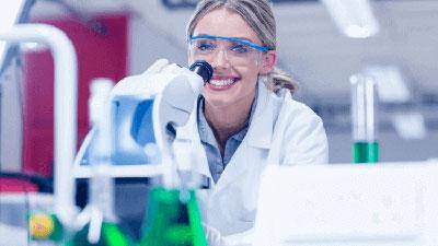 Laboratorio de análisis microbiológico de agua y alimentos: Primeros pasos hacia la acreditación de competencia