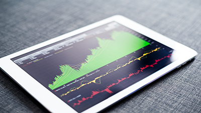 Analista de Inversiones y Mercados financieros, con aplicación de simulador de operaciones bursátiles en tiempo real
