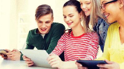 Experto Universitario en Educacion Socio-Comunitaria